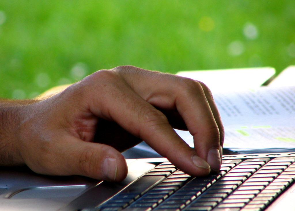 hand keyboard