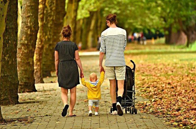 Derechos de los padres si sus hijos se contagian en el colegio