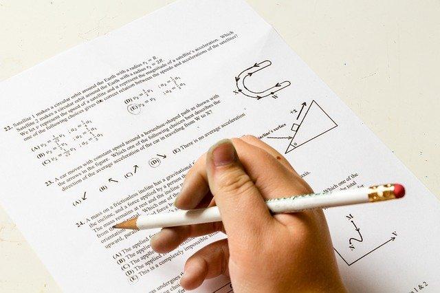 preparar a los niños para su primer examen